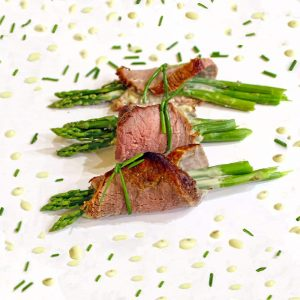 Asparagus Beef Roll Ups with Basil Aioli